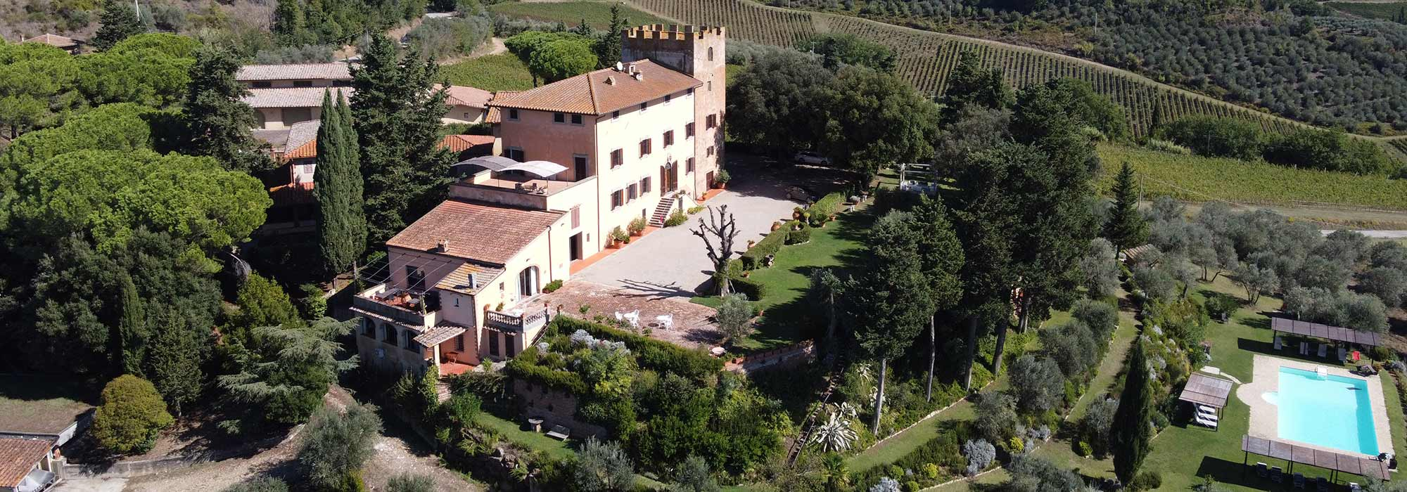 castello-in-toscana-villa-il-pozzo